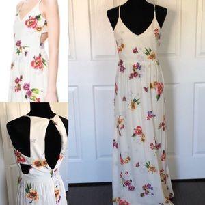 White Floral Zara dress✨